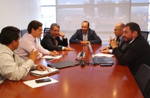 Mesa de trabajo entre el alcalde de Soacha Eleázar González y el gerente de la ANI Germán Cardona, realizada a principios del mes de diciembre de 2016.