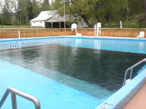 Cove Warm Springs pool