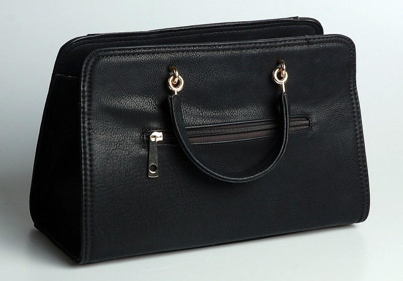 PLAIN BLACK BUSINESS BAG