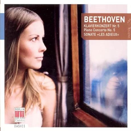 時に、こういうベートーヴェンはいかが?! 切なげなドイツ人美人が写っていますが、ディーター・ツェヒリンは男性です。