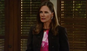 Lucy-tells-Sonny-Carly-something-GH-ABC