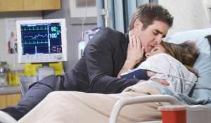 rafe-holds-hope-salem-hospital-days-jj