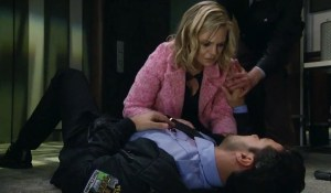 maxie-hovers-over-a-shot-nathan-gh-abc