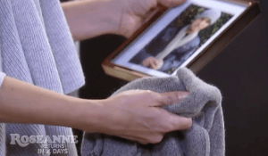 carly-compares-scarf-to-photo-gh-abc