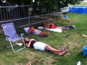 Z Dutch juniors sleep in party.
