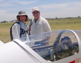 Tom Zoellner and me before the flight in the DG-505