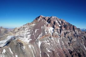Himalayas? No! Soaring on the face of Aconcagua (Chile)