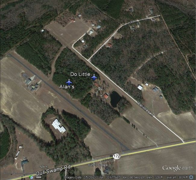 Don't often see two perfectly good airstrips side-by-side like this!