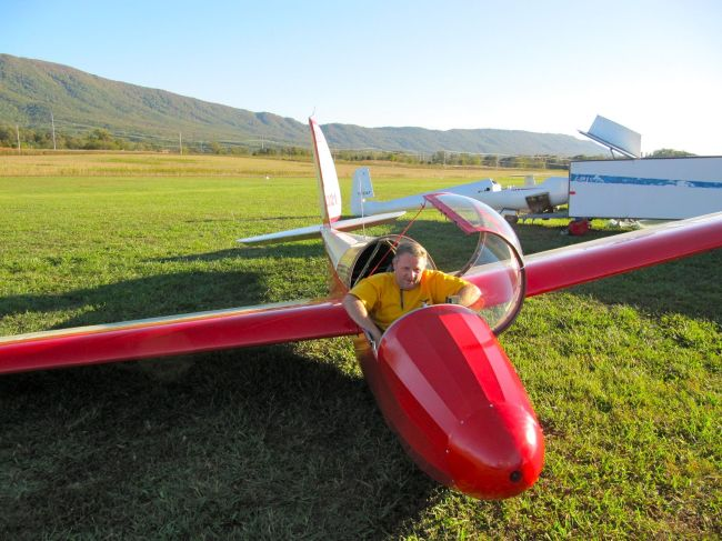 Joe McKay after a great flight in his 1-26 at Chilhowee Gliderport, Tennessee