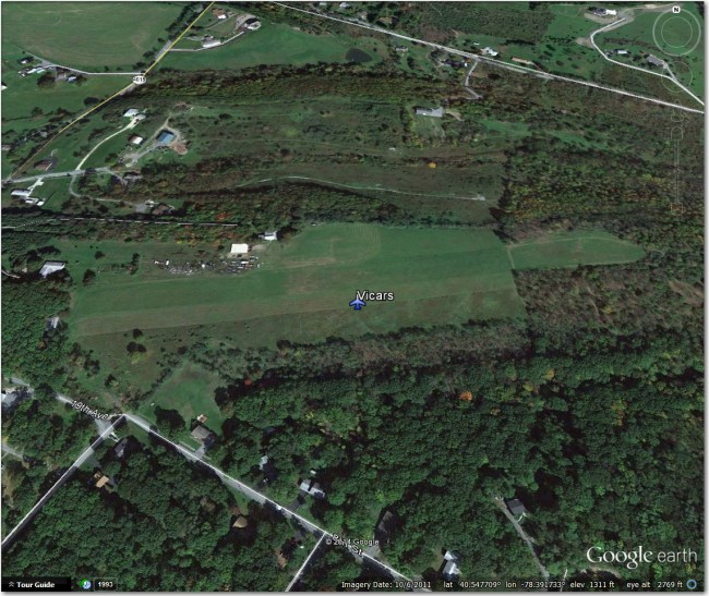 Vicars Airstrip:  Looks abandoned.  Located just on the north edge of Altoona, just NW of the old Altoona Intown strip