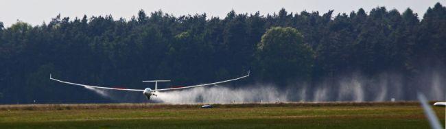 XTC inbound for landing