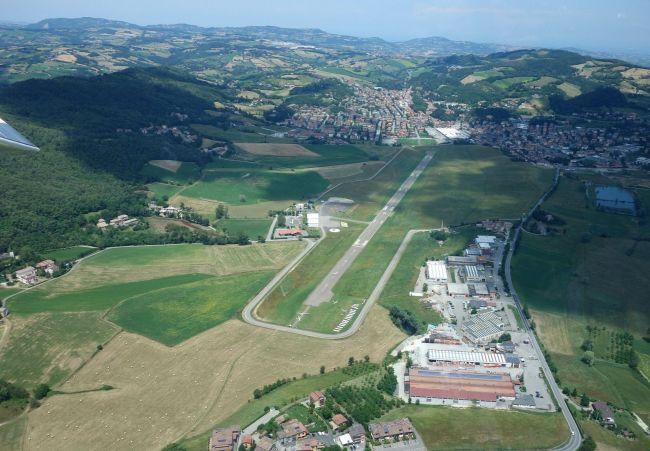 Pavullo airport