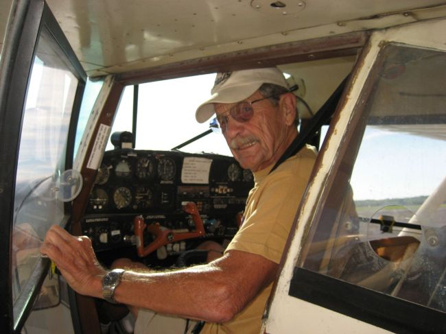 Ted Beckwith, Eagleville Towpilot in his Maule