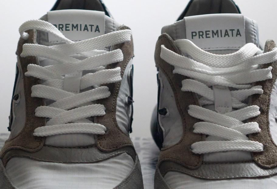 кроссовки шнурки