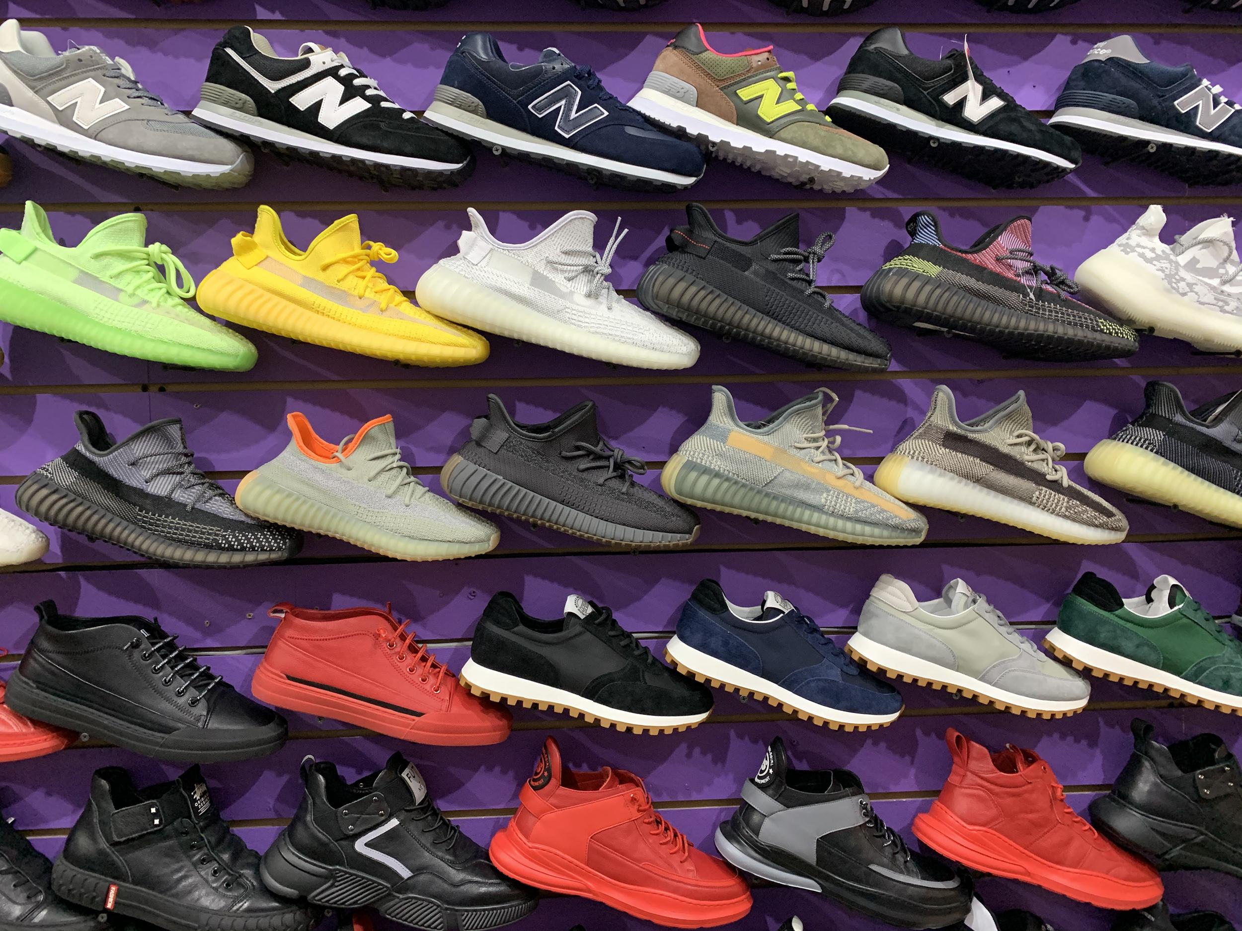 поддельные кроссовки