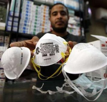Egyptians are starting to buy masks for fear of the flu!