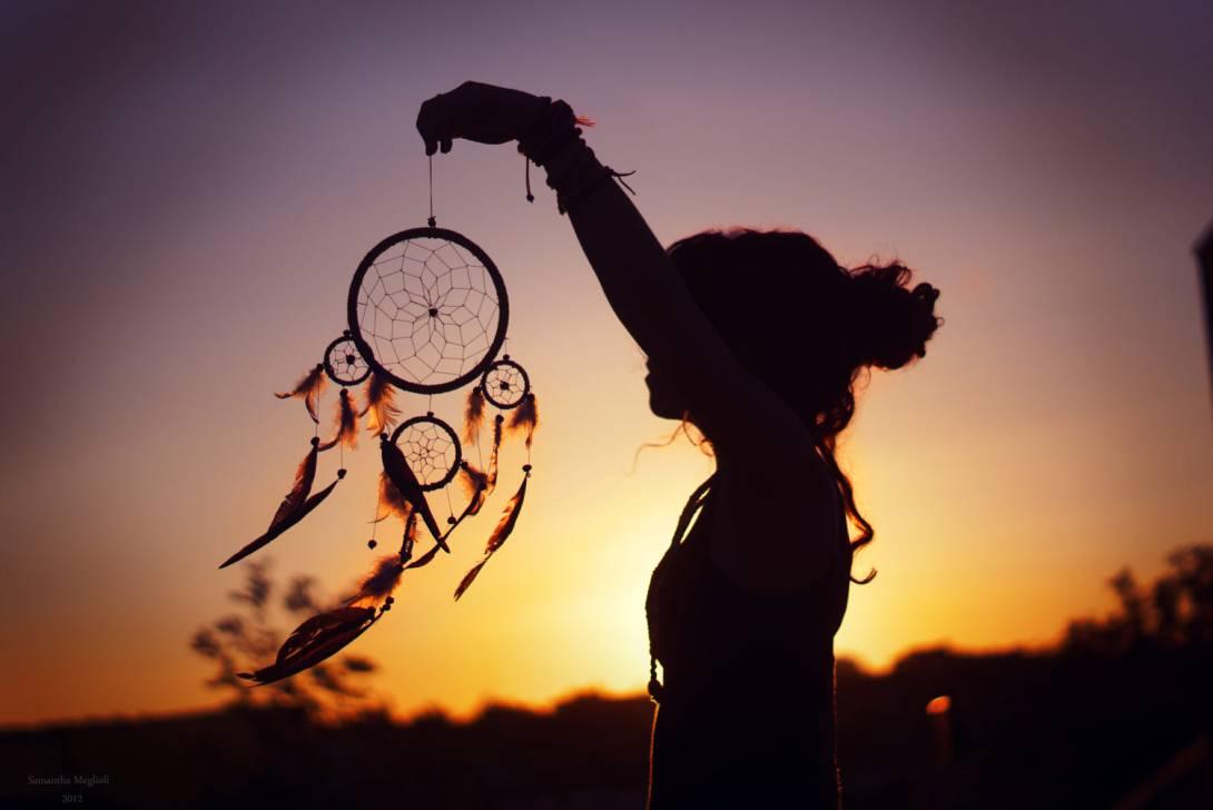 Надевай невесомый цветочный свой сарафан – выходи танцевать