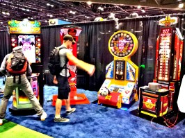 King of Hammer 2, Dragon Punch, Penalty Shot и Over the Top на выставке IAAPA