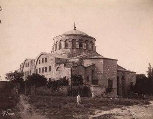 Храм Святой Ирины. XIX век, фотография братьев Абдалла.