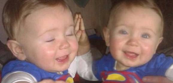 El misterioso gemelo del espejo