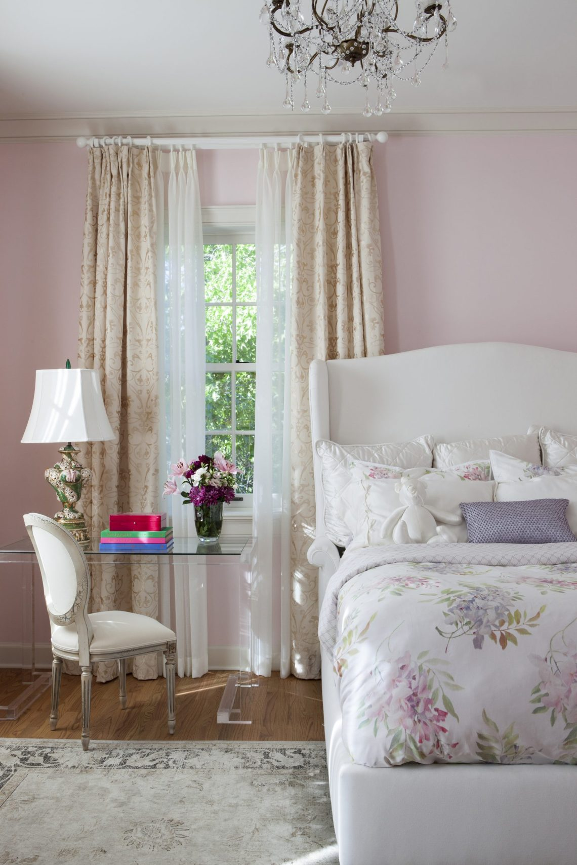 Bedrooms to Blush Over: How to Design a Romantic Bedroom ...