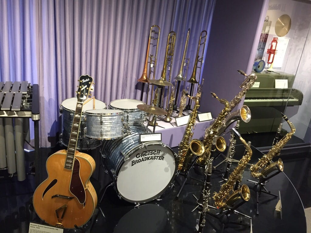 The Museum of Making Music in Carlsbad, California showcases a permanent display of hundreds of unusual and vintage instruments charting the progression of song-crafting from 1900 to modern times. Five museum galleries present popular music, innovations in instruments and their manufacture, and marketing and distribution techniques in five eras throughout the 20th century. Visitors are welcome to play a variety of instruments throughout the museum as well. Learn how to get discount tickets to the Museum of Making Music in Carlsbad.