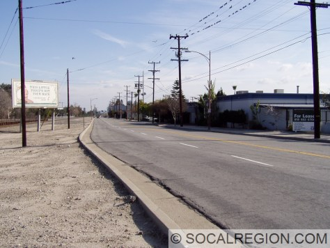 Looking south along Victory Place. This was the former alignment of US 99 before the underpass was built. Currently, it is a part of the realigned San Fernando Blvd again.