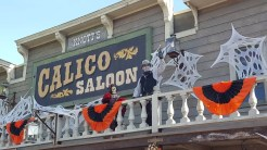 Interactive characters makes Calico feel like it's Ghost Town ALIVE: Halloween Edition. It's fantastic!