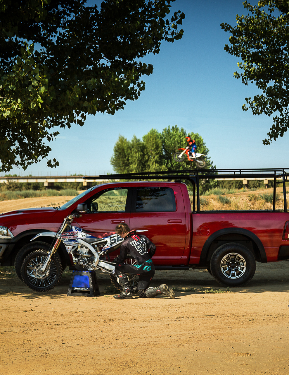 SoCal Truck Accessories & Equipment rack it
