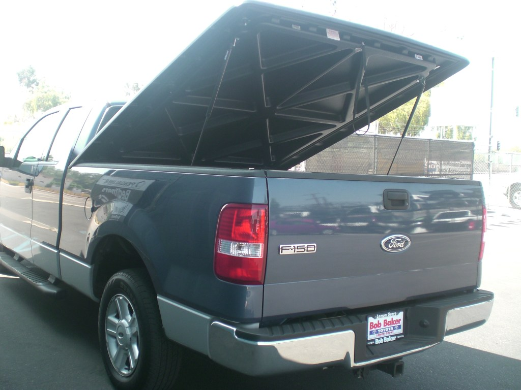 Undercover classic tonneau cover to protect the items inside the truck bed.