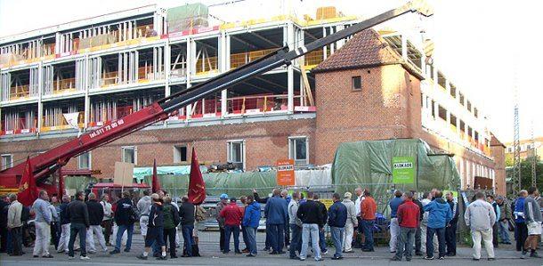En faglige blokade (foran Mønten september 2008). Foto: Landsklubben for Tagdækkere