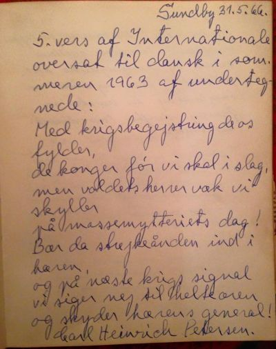 Carl Heinrich Petersens 5. antimilitaristiske vers (kilde: Gorm Gunnarsens mors gæstebog. https://www.facebook.com/photo.php?fbid=10153136908502037&set=p.10153136908502037&type=3&theater