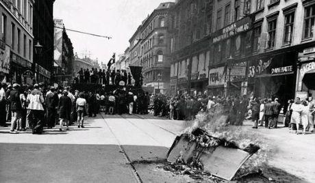 Barrikade fra folkestrejken i 1944