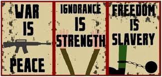 Big Brothers paroler: - Krig er fred - Uvidenhed er styrke - Frihed er slaveri