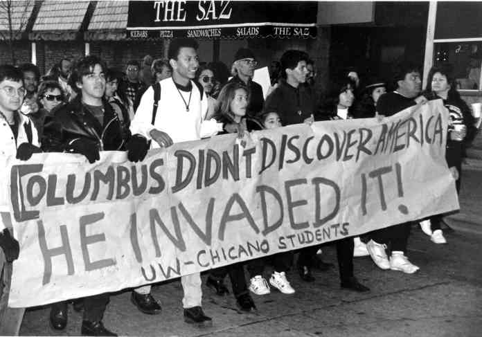 Chicano students from the University of Wisconsin at Madison protest Columbus Day on October 12, 1992, the Columbus quincentennial. 500 years of resistance. Photo: University of Wisconsin-Madison Library Archives.