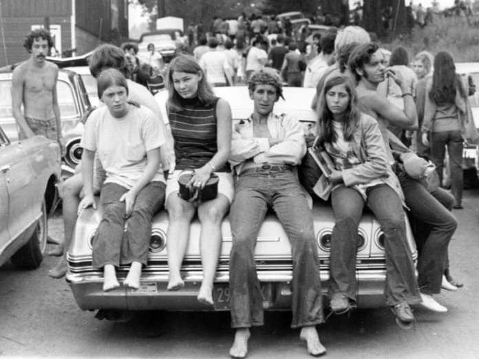 Woodstock-kids. This photo was taken near the Woodstock music festival on August 18, 1969. Foto: Ric Manning
