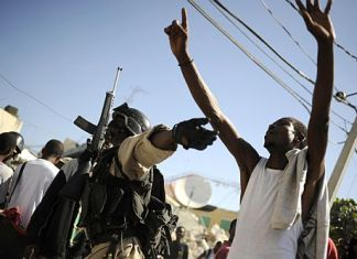 Haitipoliceman_500_333.jpg