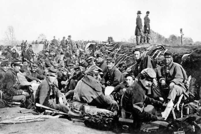 Union soldiers entrenched along the west bank of the Rappahannock River at Fredericksburg, Virginia. Photo: A. J. Russell