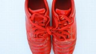 サッカースパイクの靴紐の選び方と正しい紐の通し方!