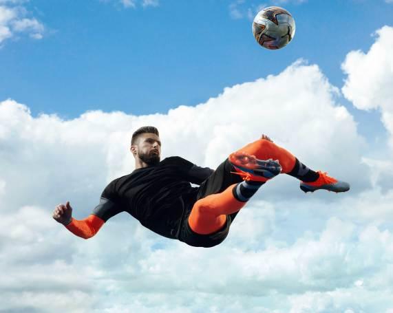 18AW_PR_TS_Football_PUMAONE_Q3_Giroud_00202