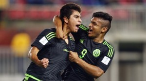Mexico superior in debut match