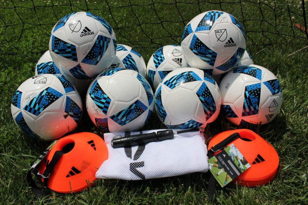 soccerTrainingPackage10Balls