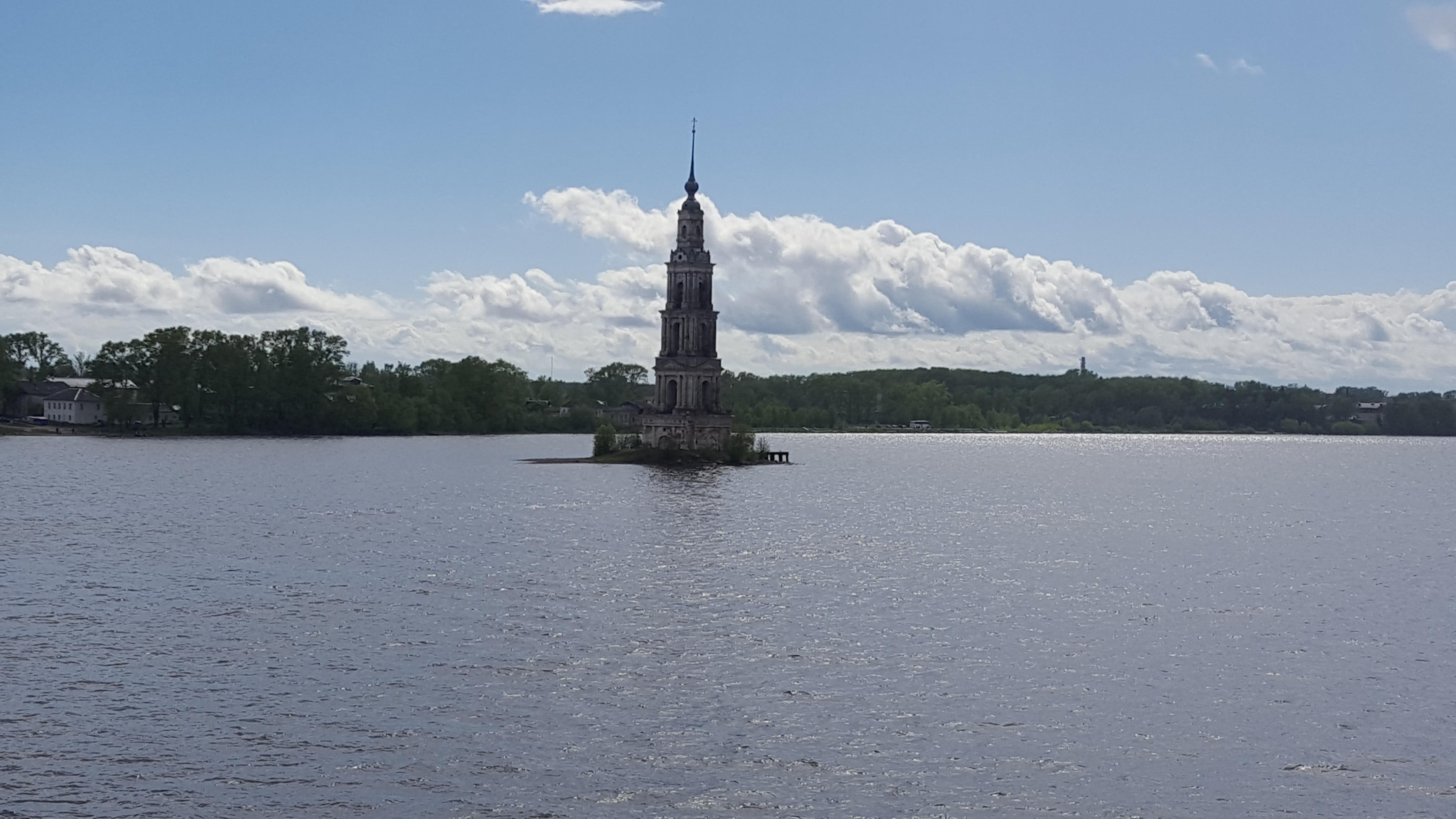 (18) Le clocher de Kaliazine-Bernier