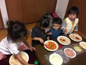 子どもとピザ作り