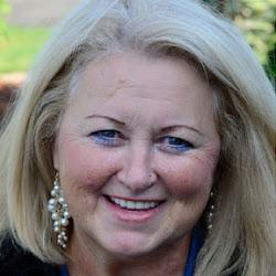 Elaine Lindsay - Social Media Maven & Google+ Evangelist