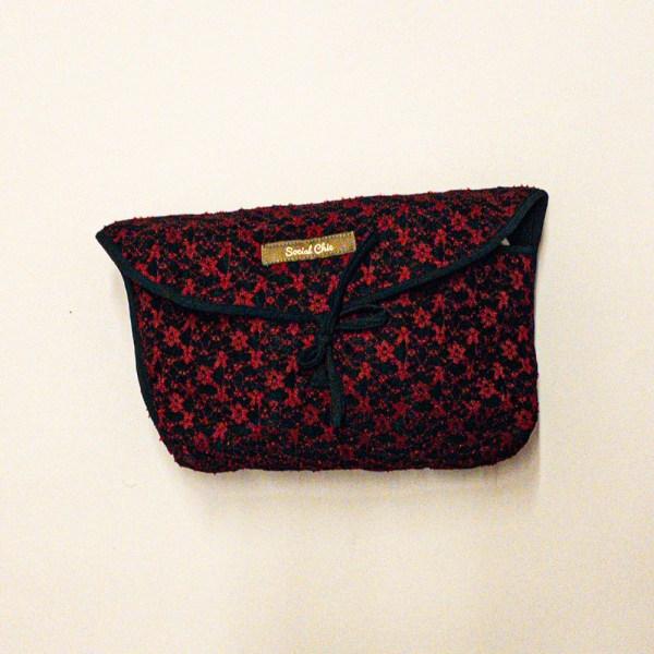LACE pochette rosso e nero 01 socialchic design