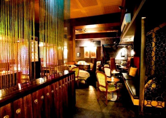 Inside hidden cbd asian Manchuria night club on level 1 Waratah place, intimate secluded venue