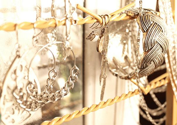 fine-jewelry-londondubai-gold