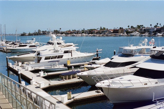 sea-port-yachts-harbor