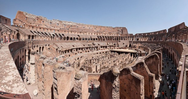 Colosseo_di_Roma_panoramic